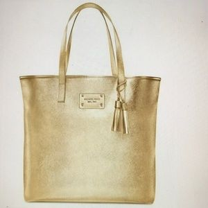 NWT Authentic MK Tote - golden beauty